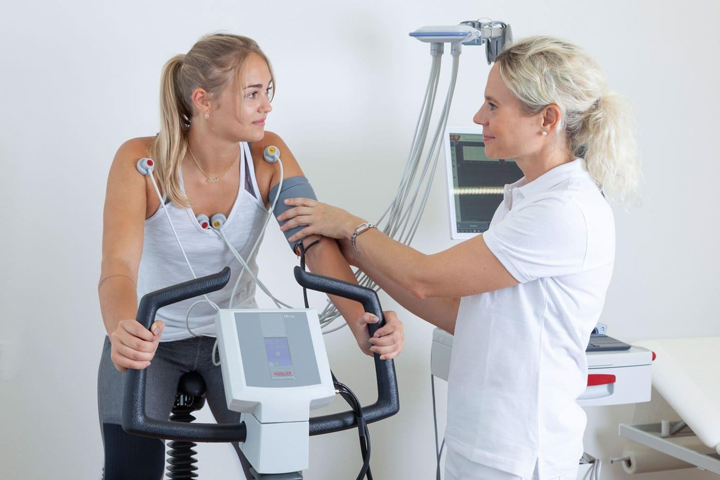 Belastungs-EKG - Dr. med. univ. Julia Fuchs // Fachärztin
